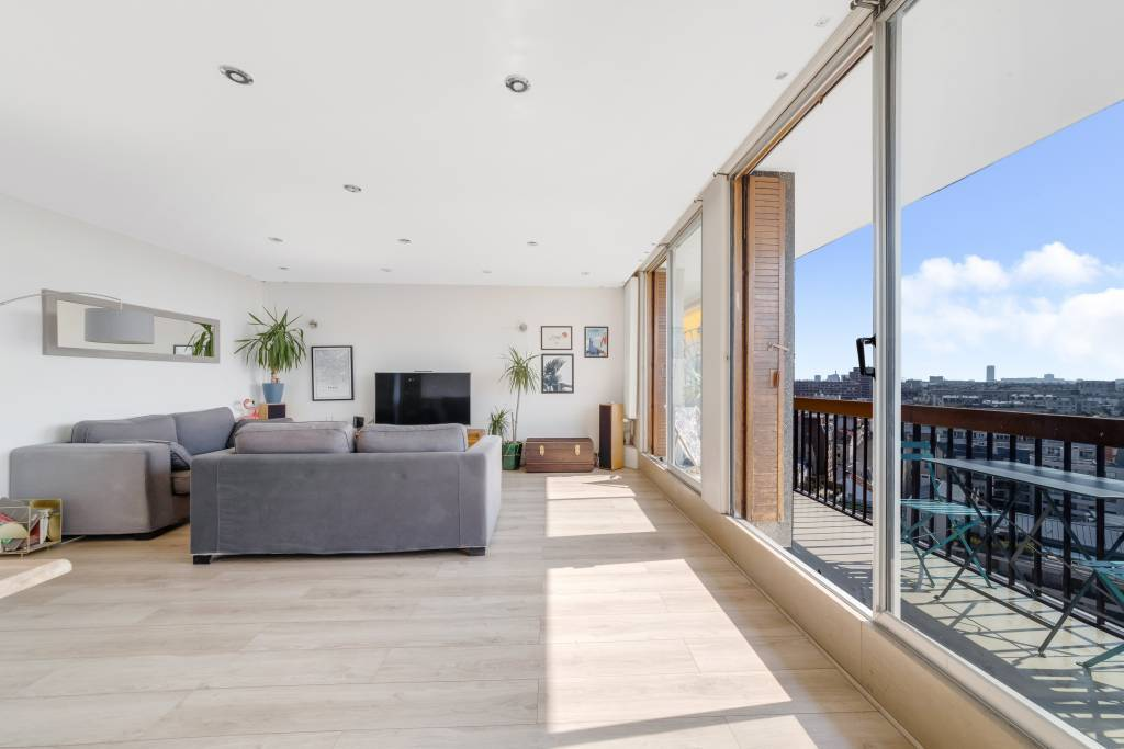 Boulogne Billancourt - Top-floor apartment with a panoramic view