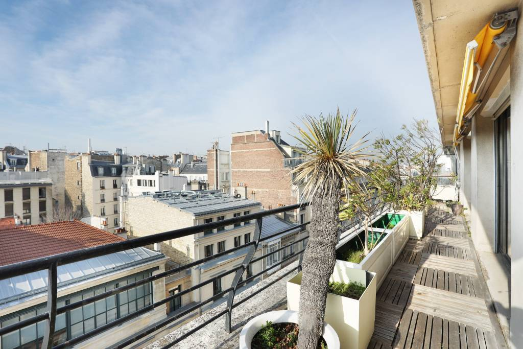 Paris 16th District – A beautiful 2-bed apartment