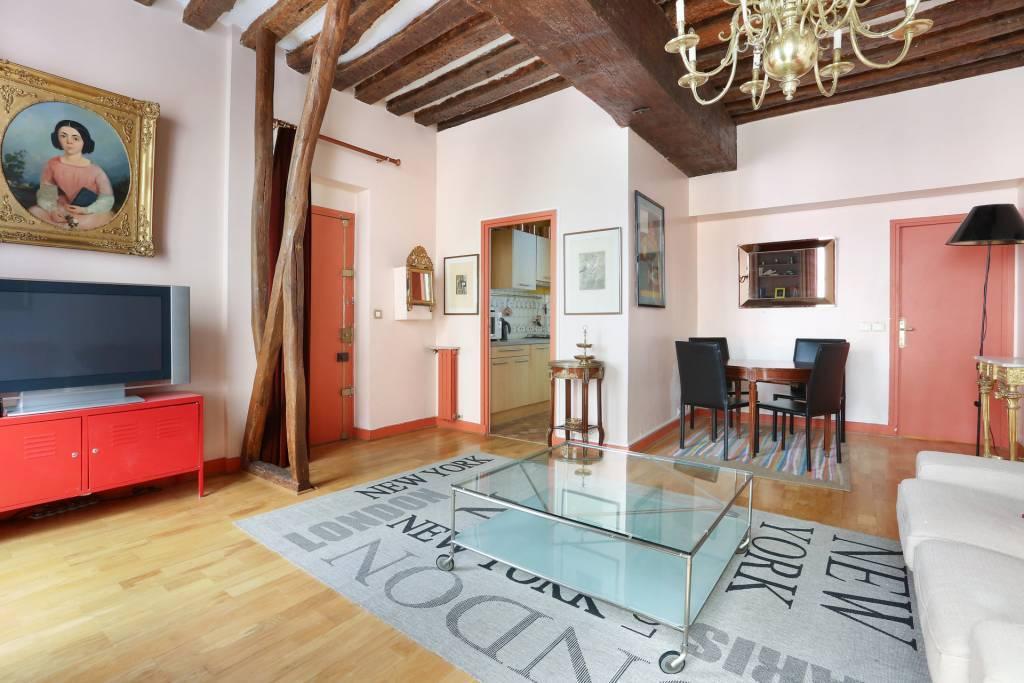 Living-room Wooden floor Chandelier