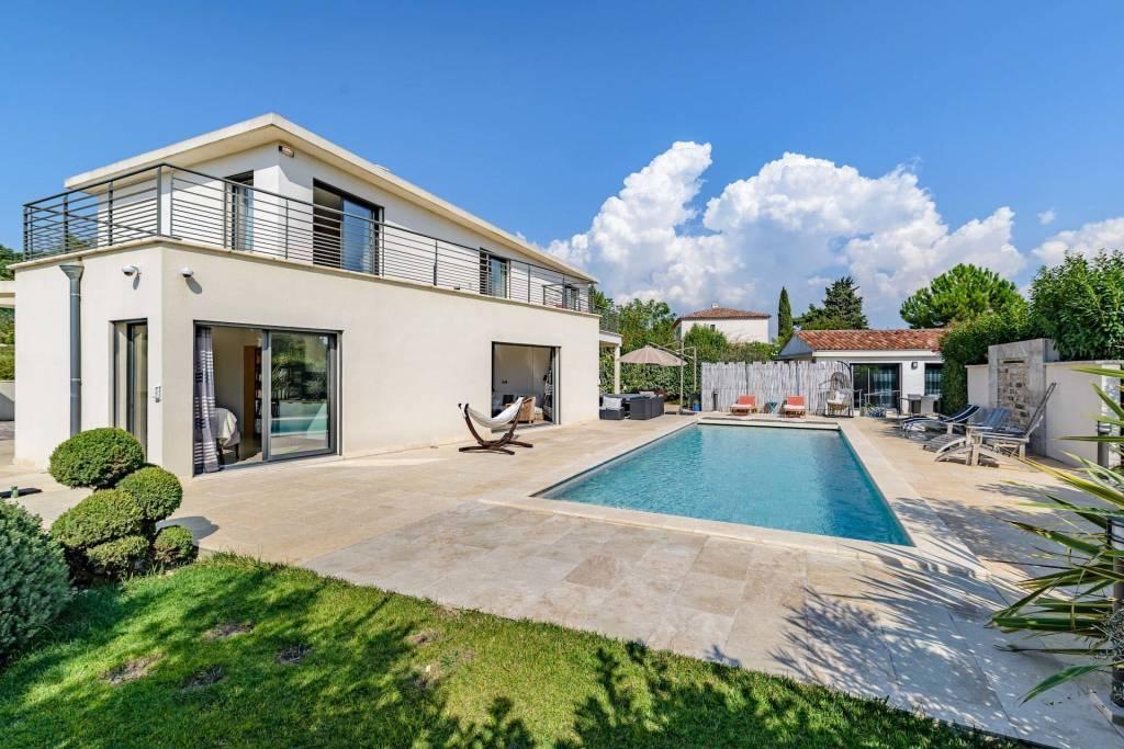 Aix en Provence – A superb contemporary property